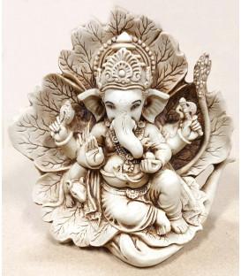 Figurka Ganesha w liściu Jasna żywica WF87 10,5 cm